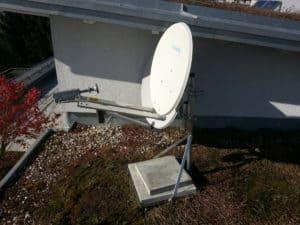 tooway Sat-Schüssel auf Dach