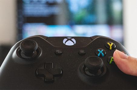Smart TVs: Sind Konsolen wie Xbox, PlayStation & Switch eine echte Alternative?