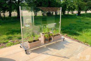 mobiler-windschutz-aus-glas