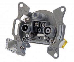 Bild des Produktes 'DCT Delta 3-Loch Kabelfernsehen Multimedia-Durchgangsdose 5-1006 MHz, 15dB / BDM 8615 85Q / Digital / Aufputz / Unterput'