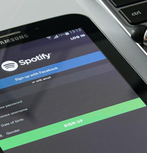 Audio-Streaming: Musik, Podcasts und Hörspiele streamen