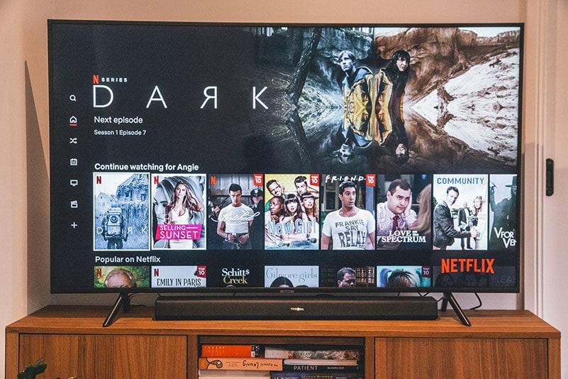 Über den SmartTV und der Fernbedienung bezahlen